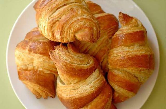 طريقة عمل كرواسون سهل Snack Recipes Snacks Breakfast