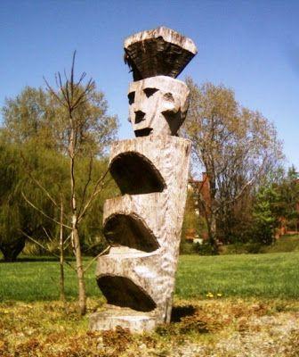 Rewe, totem sagrado mapuche, en torno al cual se realizan las ceremonias como Machitún, Guillatún y We Tripantu, entre otros