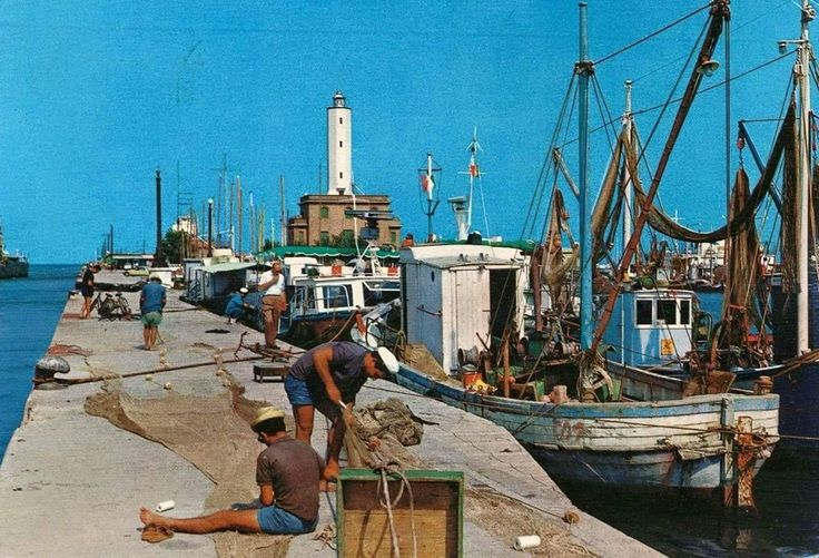 Anni '70: Marina di Ravenna - Photo by C'era una volta Ravenna on Facebook [ #ravenna #myRavenna]
