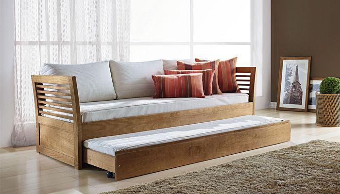A estrutura do Sofá-Cama Tok é em madeira maciça de marupá e seu acabamento é em poliuretano acetinado em diversos padrões, conforme nosso mostruário. Você poderá usá-lo como sofá e cama! E além disso, é bicama.  As almofadas e colchões não acompanham o produto. Medidas: 203 x 70 x 84 cm. http://www.moradamoveis.com/
