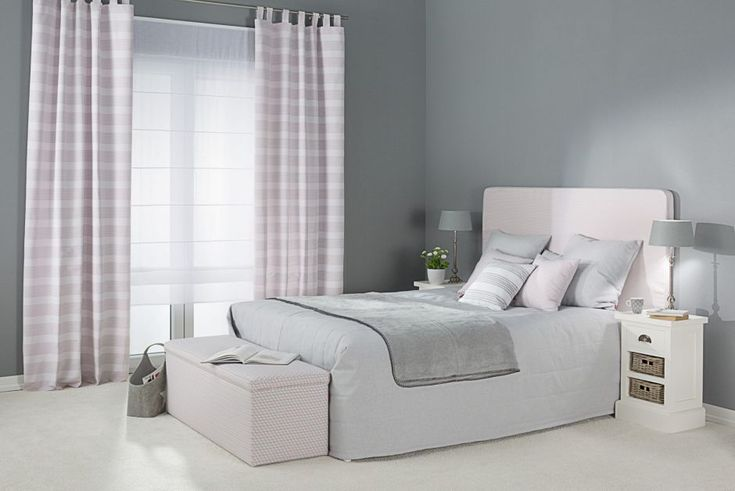 Checkered curtain #dekoria #bedrom #interior #curtain #checkered #pasteles #rustica #elegnte #bed #amps
