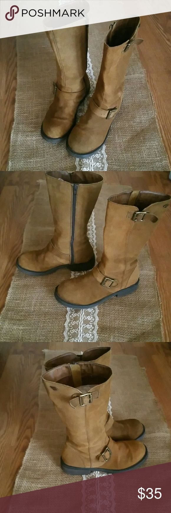 Rocket Dog boots Suede boots.   Super comfy.   Used but in good condition Rocket dogs  Shoes Combat & Moto Boots