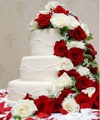 Bildergebnis für hochzeitstorte weiß rote rose