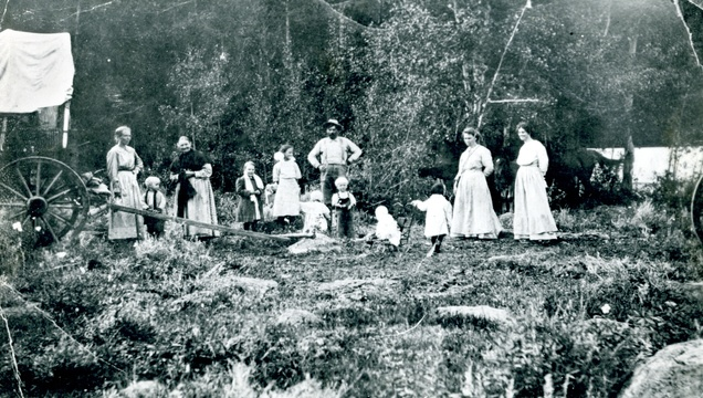 A picnic in Utah in the late 1800s.