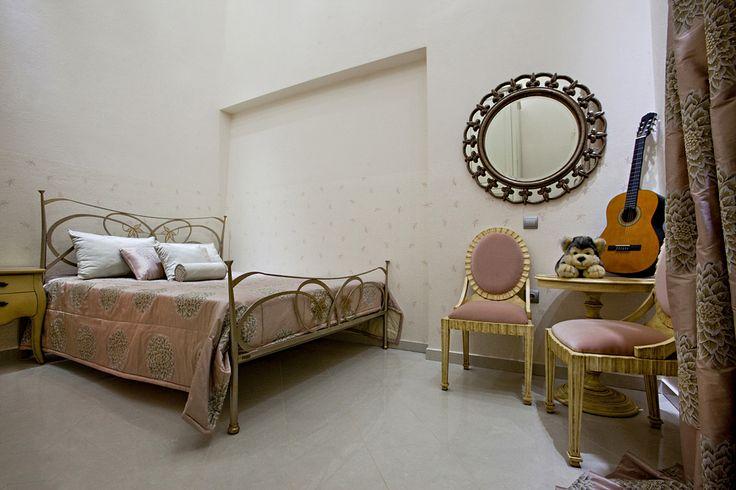 Ρομαντική Κρεβατοκάμαρα σε απαλές αποχρώσεις