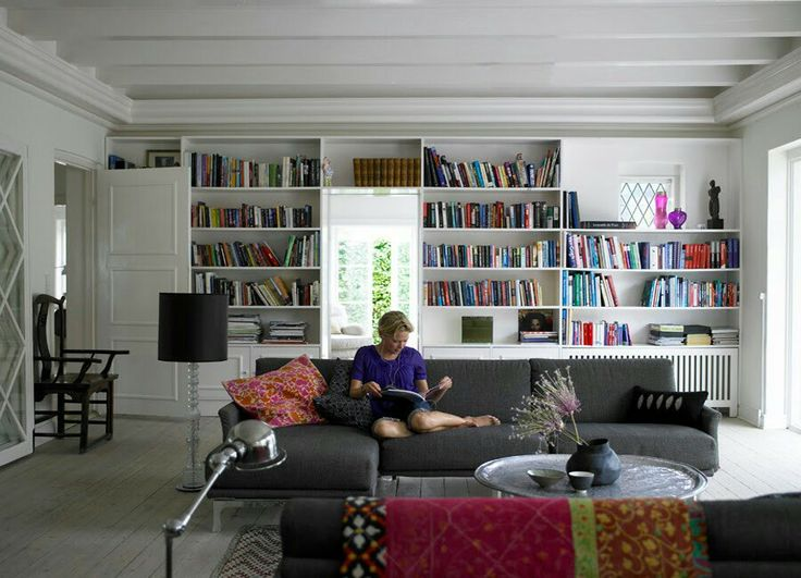 The bookfilled living room