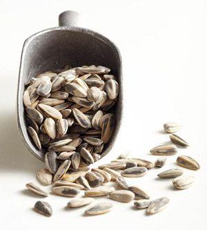 Brighten Up with Sunflower Seeds - The Good-Skin Diet: 10 Foods for Healthier Skin