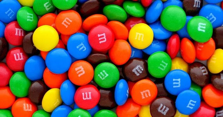We worked in pairs today to simulate exponential growth and decay using M and M's.   We used the activity found here .   Before delving i...