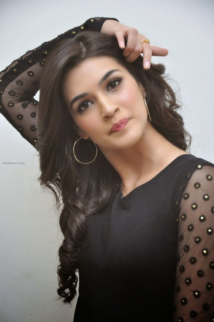 Kriti Sanon, 'Heropanti' Movie's Fame Hot HD Wallpapers Download