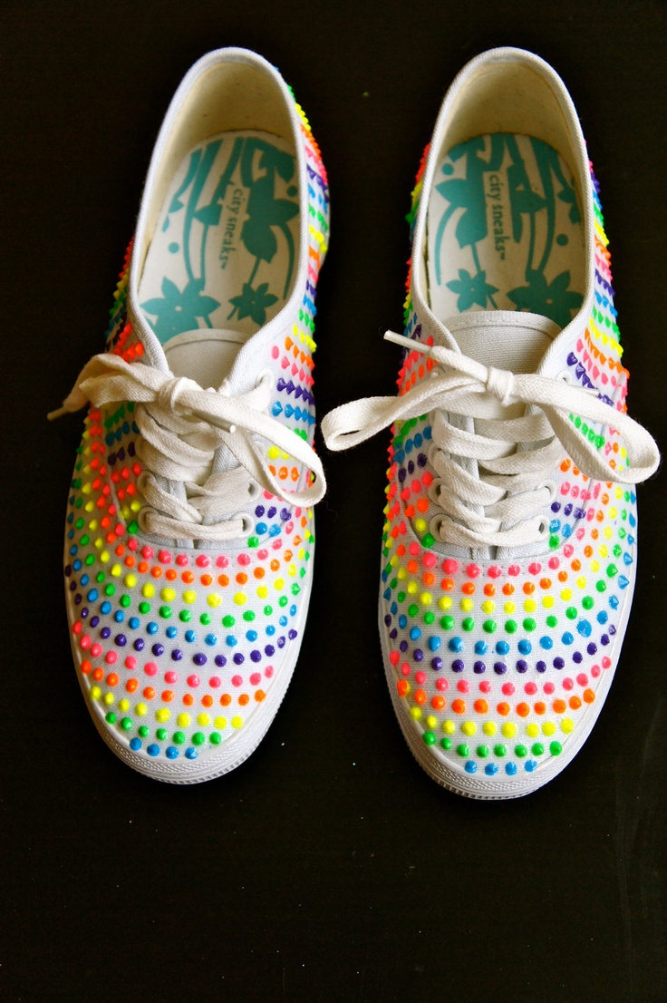 puffy paint shoes..love these with different set of colors.