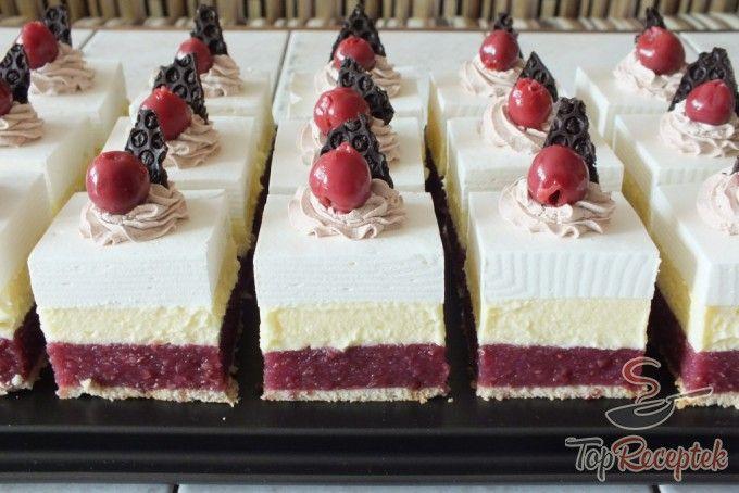 Meggyes szelet sütés nélkül