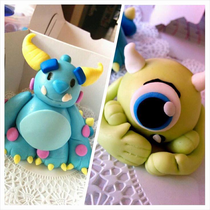 Unos hermosos #toppers para poner sobre tus tortas o #cupcakes de los personajes de la película #MonstersInc, hechos 100% comestibles.