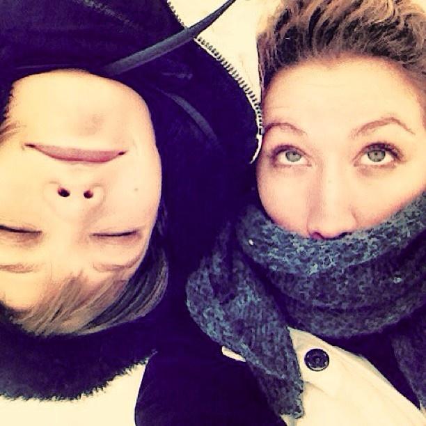 #KarlieKloss & her sister #KristineKloss, being snow bunnies... #Karliesaurus is the snow #angel I ♡