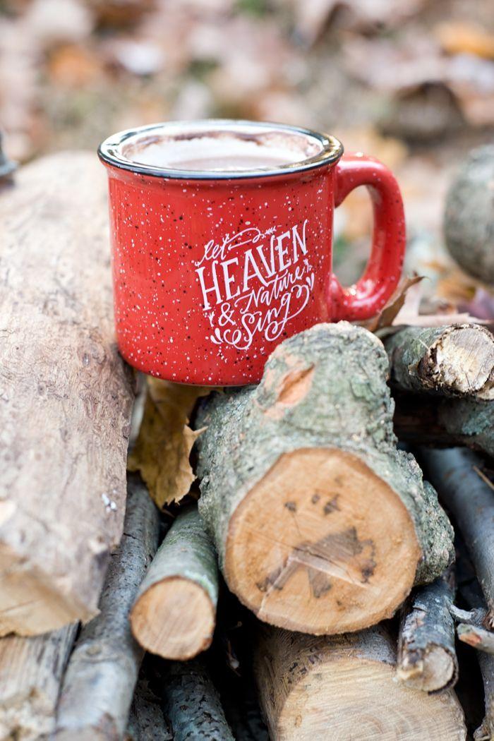 Adorable holiday mug.