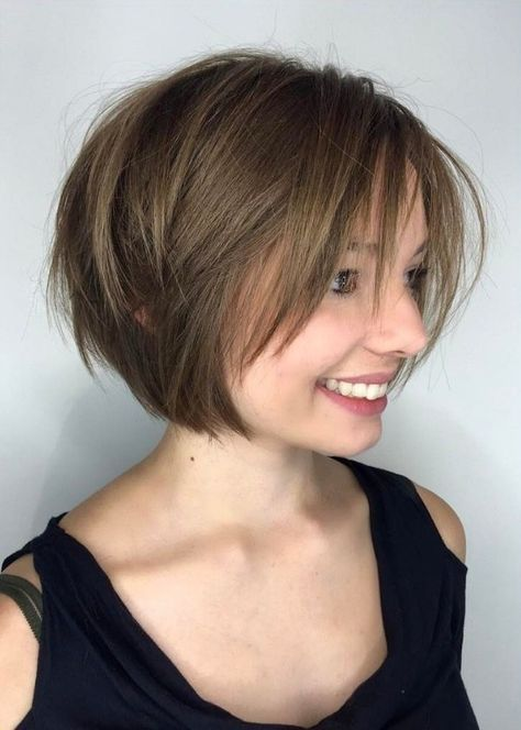 choppy haircut with bangs 25 best ideas about layered bob hairstyles on 6011