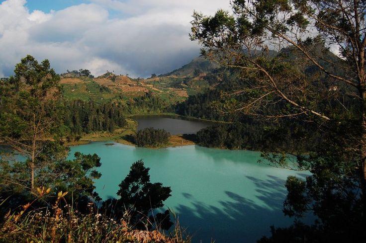 Telaga Warna Dieng, Dieng Plateau, Java, Indonesia