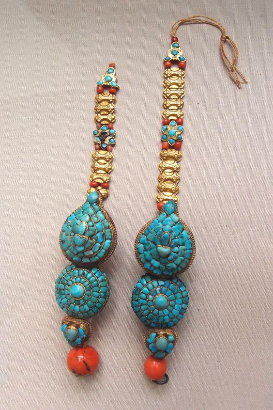 Earrings   Tibet   18thC   VA Museum: