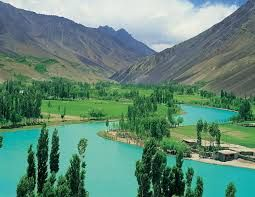 Shine India Trip offer best Kashmir tour package and many more packages at best available price.