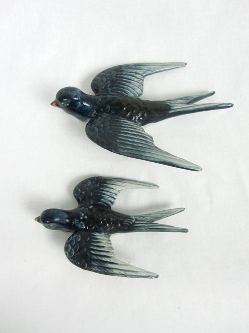 Vintage Swallow Flying Wall Birds