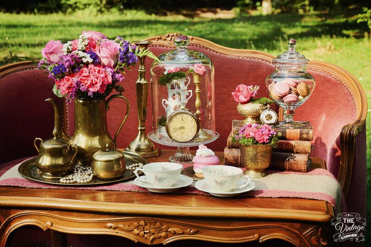 tea time vintage accessories