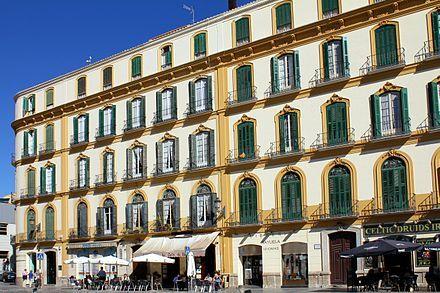 Geburtshaus Picassos in Málaga, Plaza de la Merced 36 (ganz links, gegenwärtig Nr. 15). Heute befindet sich in dem Haus die Fundación Picasso mit dem Museo Casa Natal.