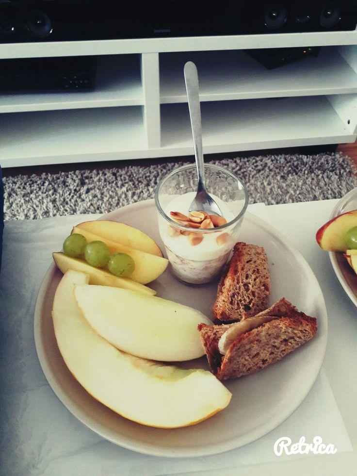 Healthy fruity breakfast
