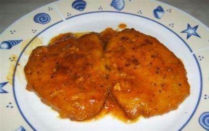 Scaloppine allo zafferano - Le scaloppine allo zafferano sono un buonissimo secondo piatto che si prepara con fettine di lonza di maiale. Un secondo piatto semplice e veloce da preparare.