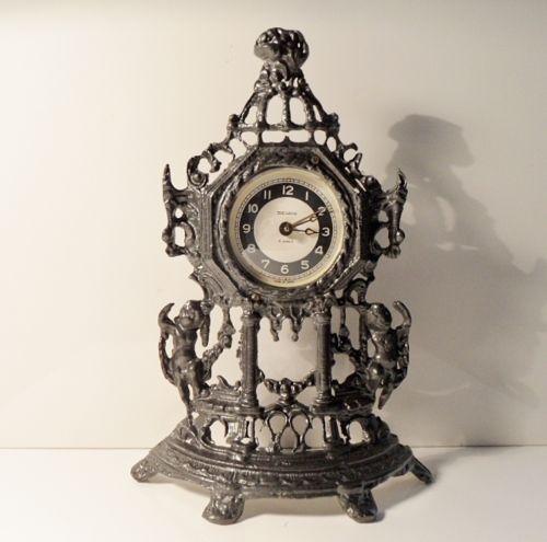 25 best ideas about horloges anciennes sur pinterest horloges de grand p re. Black Bedroom Furniture Sets. Home Design Ideas