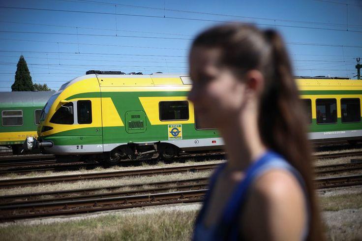 """""""A Ludmilla a kedvenc mozdonykám"""" – egy nap a vasúton a 23 éves Tar Nikolett-tel - NLCafé"""