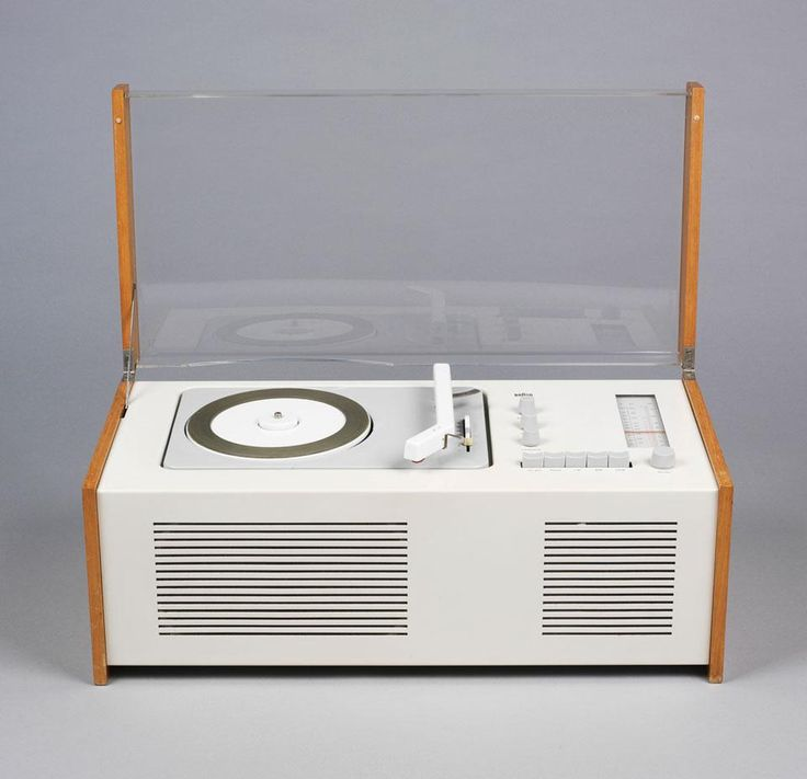 "SK55 ""Snow White's Coffin"". Transistor and record player. Dieter Rams for Braun."