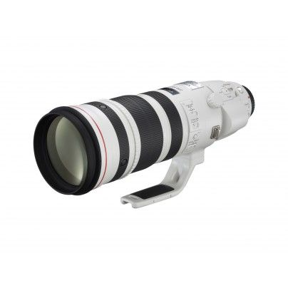 CANON EF 200-400/4.0L IS USM+EXT 1.4X Tele zoom with extender.