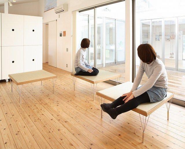 アトリエSORA 『畳スツール』 http://www.kenchikukenken.co.jp/works/1405648847/7867/