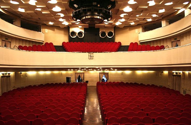 Teatro Novelli - Novelli Theatre