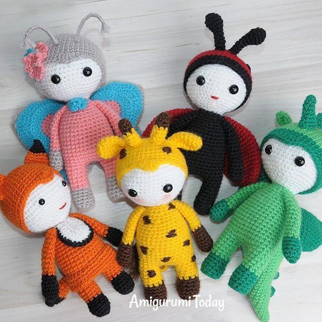 Amigurumi dolls in animalistic costumes - Patterns by Amigurumi Today #amigurumidolls #amigurumi #crochet #crochetpatterns #amigurumipatterns #amigurumitoday #toys #diy #giftideas #inspiration #funnyanimals #lovecrochet #amigurumis