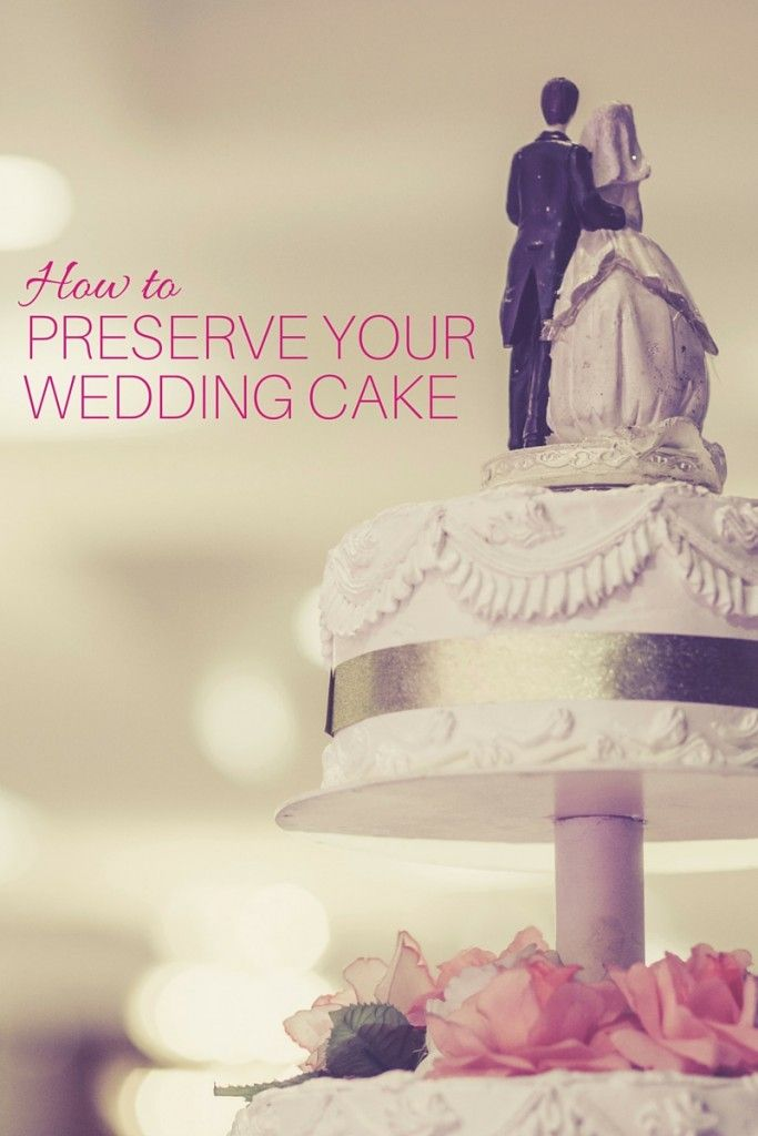 freeze wedding cake do s and don ts for preserving your wedding cake to be 14456