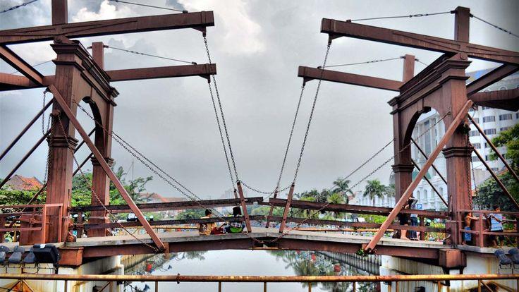 Kota-Tua-Jakarta-Jembatan-Kota-Intan