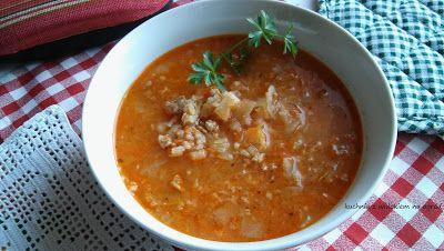 Kuchnia z widokiem na ogród: Zupa gołąbkowa. Pożywna, gęsta zupa o smaku gołąbk...