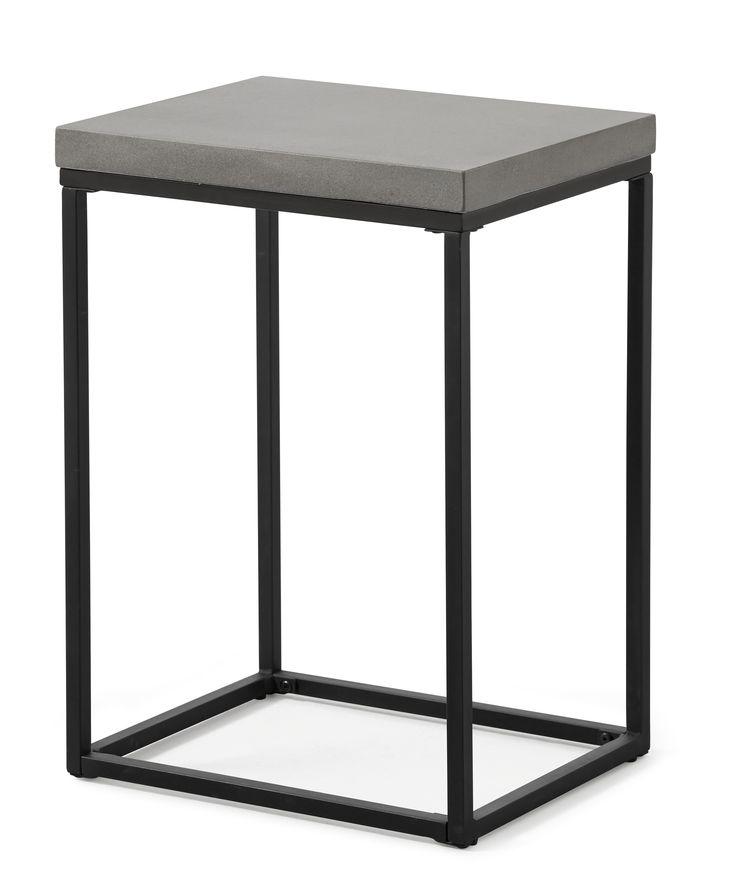 Shanghai är ett modernt sängbord med underrede i lackerad metall. Skivan är i lättskött komposit med betongkänsla. Komposit är ett gjutet material som är lättare och mer hållbart än betong, detta gör att varje skiva är unik. Kompositskivan behöver behandlas med sprayvax två gånger innan bordet används för bästa hållbarhet.
