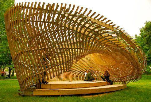 Students Create Mind-Bending Wooden Parametric Pavilion (Video) : TreeHugger