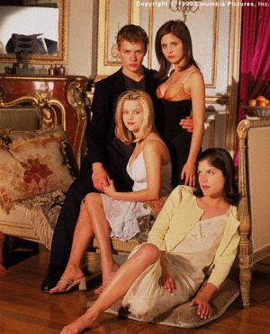 Cruel Intentions (1999/2000/2004) ~~ Drama | Romance ~~ They're old enough to know better, but too young to care.....