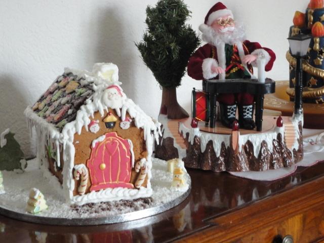 Casetta di pan di zenzero e cioccolato