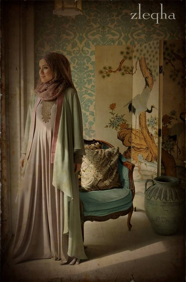 Pastel forest green Chiffon Cardigan with Thistle Satin Border together with Inner Long Flair Lycra Dress with Knitlace details RM 457. Size S,M,L,XL. For ZLEQHA EID COLLECTION 2013. To order please email us at zleqha@gmail.com, fb messages or call us at 09-5148425.