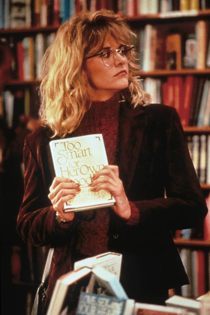 I looooove Meg Ryan's wardrobe in When Harry Met Sally. Particularly this outfit: