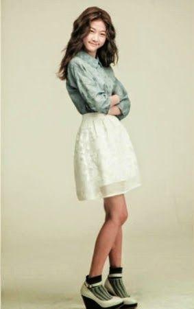 Kim Sae Ron sebagai Lee Seul Bi