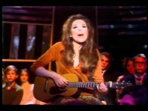 """Bobbie Gentry sings her hit song, """"Ode To Billie Joe,"""" on """"The Andy Williams Show,"""" February 13, 1971."""