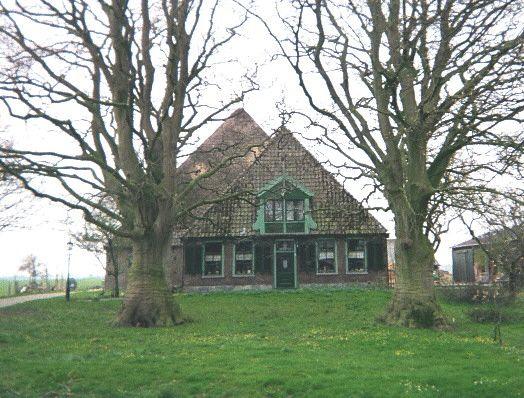 Boerderij 'De Stins' in Lambertschaag. (Foto: Ben Dijkhuis).