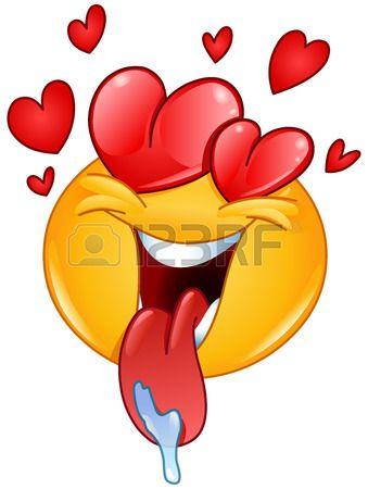 En emoticon amor con el corazón y la lengua fuera babeo