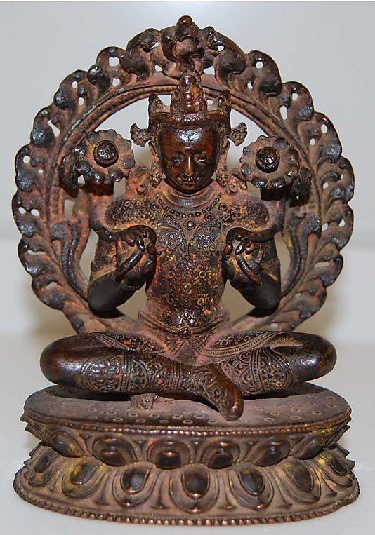 Surya, the Hindu Solar Deity. Nepal (Kathmandu valley), 14th century. Copper alloy, h. cm. 12.7. New York, The Metropolitan Museum.