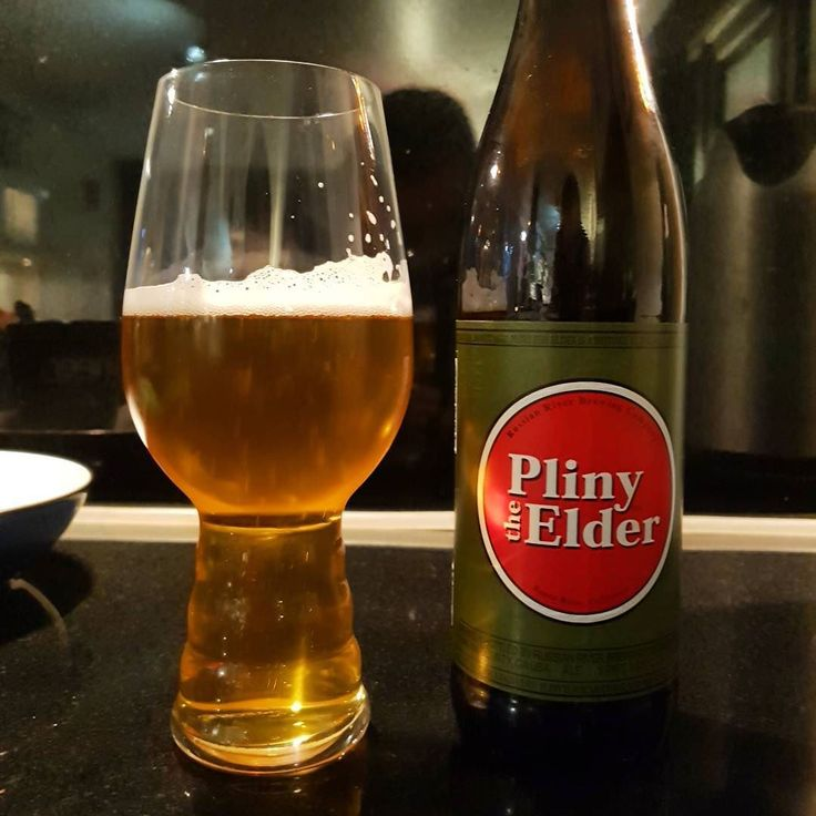 One of the precious cargo I brought back from my trip to California. It was a great treat to visit the brewery and meet the friendly staff and customers in the bar. Well worth the visit if you are ever in the area. This is the world famous Pliny The Elder a lovely IPA at 8% #russianriverbrewing #plinytheelder #imperialipa #craftnotcrap #craftbeernotcrapbeer #craftbeer #craftnotcrap #cheersguys #beeroclockshow #beerpic #beerpics #beergeek #beernutter #beerfan #beergram #prizelessprize…