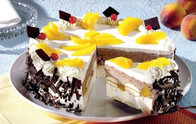Nepečená broskyňová torta